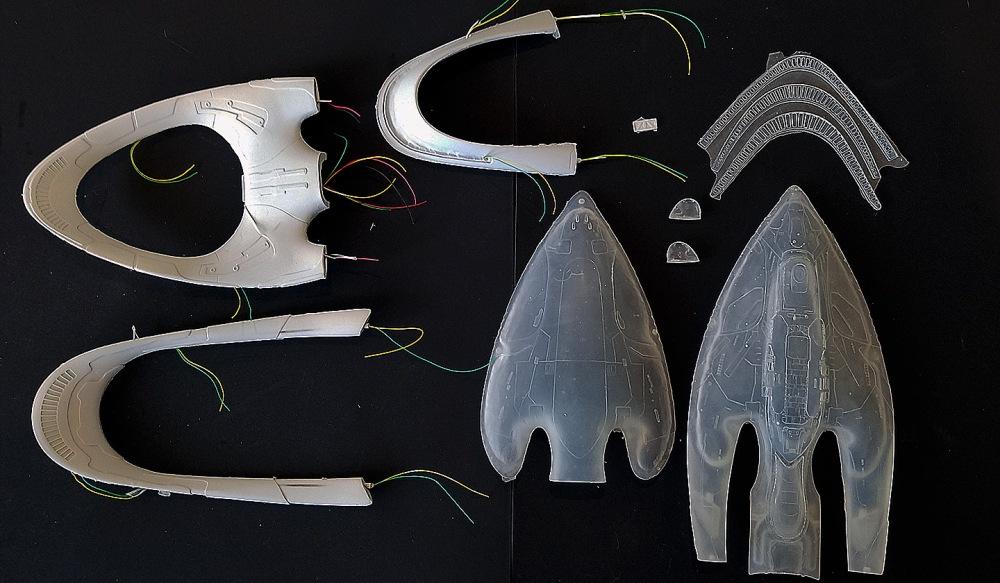 Starcrafts Models USS Orville kit parts